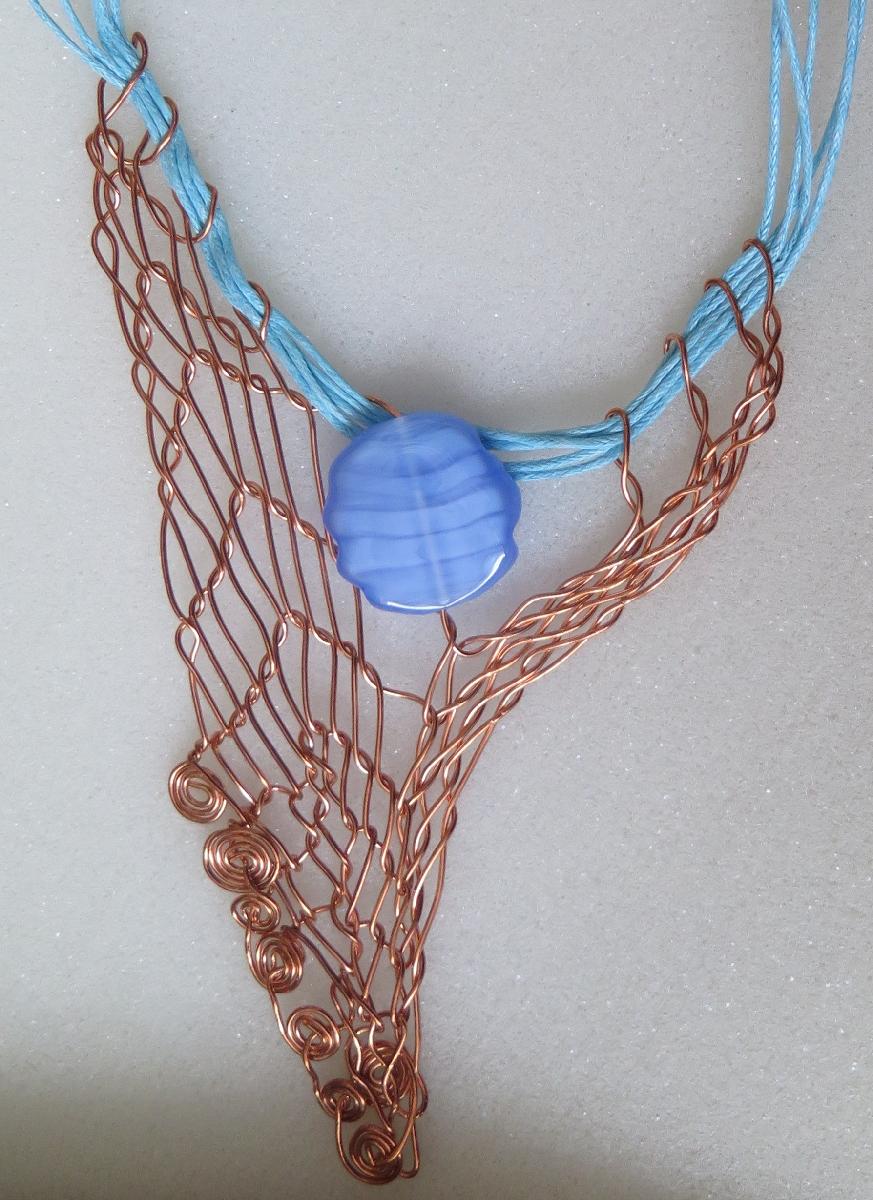 Náhrdelník - silnější drát